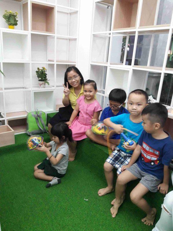 Cô Hoàng Thị Xuân Trang